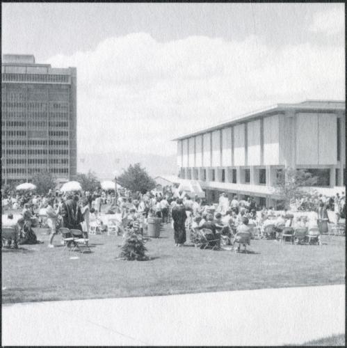 Commencement 1975 (5)