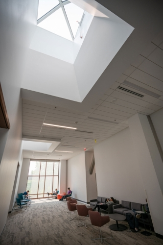 In addition to 33 classrooms and two auditoriums, the Carolyn and Kem Gardner Commons features multiple study spaces, such as this one.